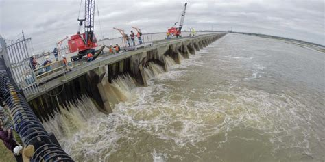 Record Mississippi River flood coming to an end 8 months