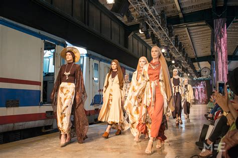 Move over Gucci: Modest fashion rocks Istanbul | Middle