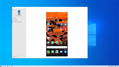 """Why Android Users Need Windows 10's """"Your Phone"""" App"""